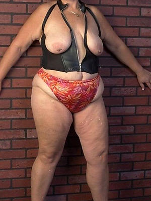 free pics of old horny women