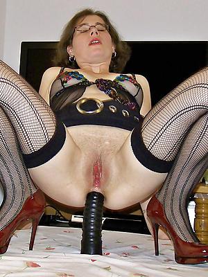 slutty mature woman masturbation pictures