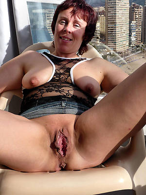 mature pussy moms naked pics