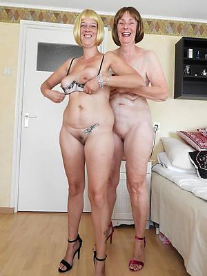 beautiful mature lesbian tits porn pics