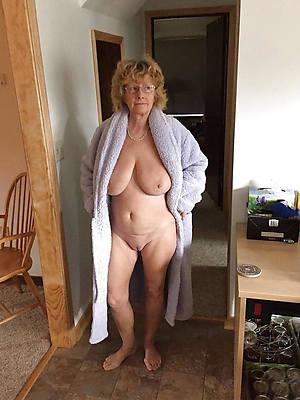 beautiful mature women over 60 nude photos
