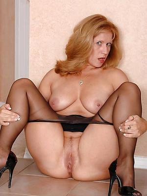 xxx mature nylons pictures