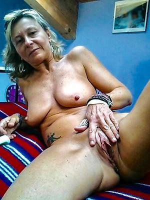 fantastic mature pussy wet porn pics