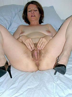 porn pics of mature feet in heels