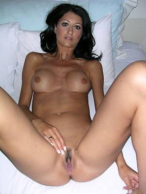 sexy mature masturbating free porn
