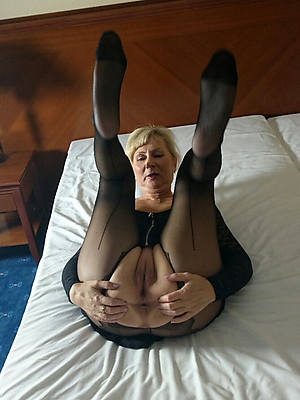 slutty matures in pantyhose nude porn