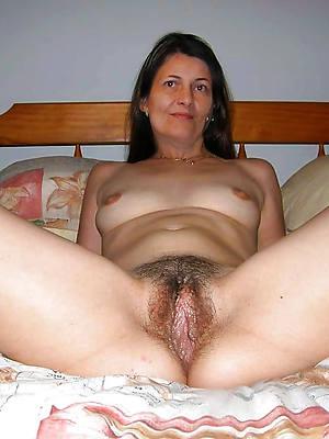 perfect nude mature solo