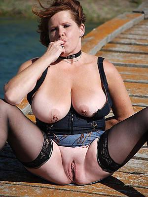 fantastic mature slut moms nude pics