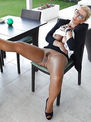mature spread legs porn pellicle download