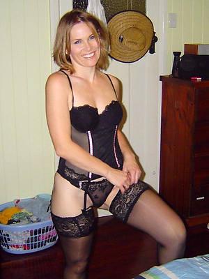 porn pics of mature stocking moms