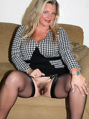 slutty mature stocking moms nude pics