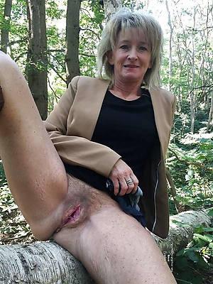 xxx mature upskirt pussy homemade porn