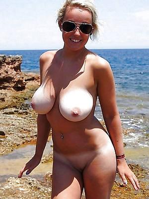 porn pics of mature women bring to light lakeshore