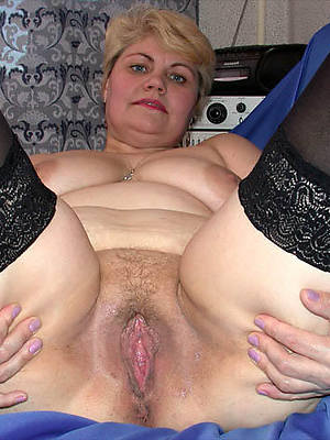 gorgeous horny mature bird porn pictures