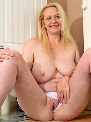 fantastic horny mature woman porn pics
