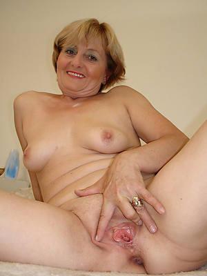 xxx easy mature vagina photos