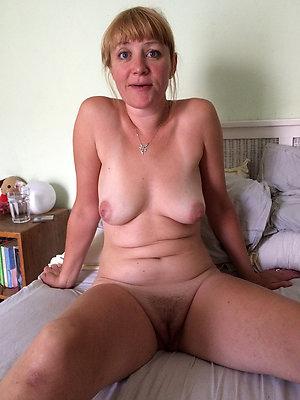 mature nude girlfriends posing nude