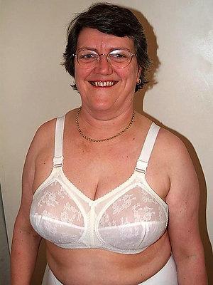 porn pics of beamy tit grannys
