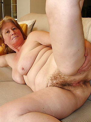 gorgeous hairy mature sex pictures