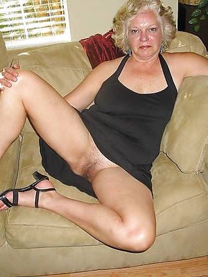 sexy grown-up grannies porn pic download
