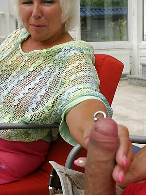 porn pics be incumbent on homemade mature handjob