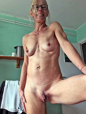 xxx free mature shaved pussy nude pics