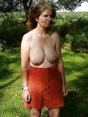 old matured women naked porn pic download