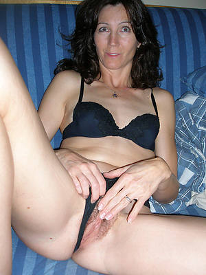 outlandish mature pantyhose pictures