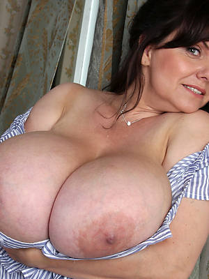 perfect women with chunky confidential nude pics
