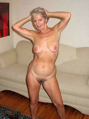 gorgeous busty mature grannies porn pictures