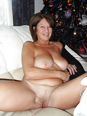 porn pics of mature mom solo