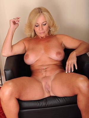 mature blonde naked xxx porno