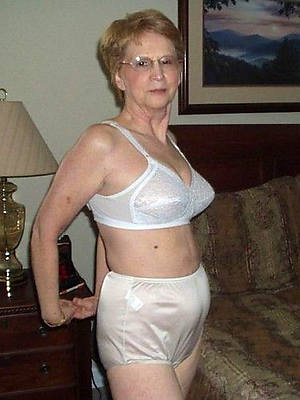 crazy mature grandma porn pics