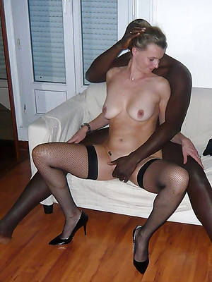 hotties mature interracial pussy pictures