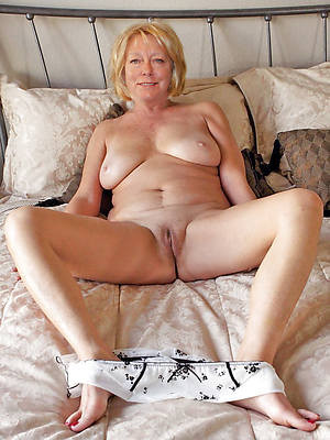 X-rated mature roughly pantys pics