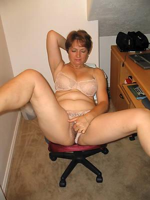 naught mature tie the knot masturbating nude pics