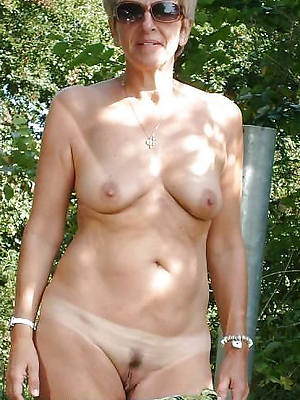 crazy old lady nude pics