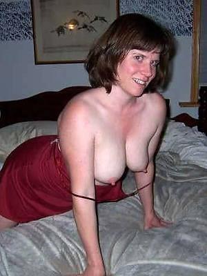 horny matured ladies posing bare
