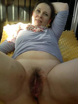 heavy mature hairy naked porn pics