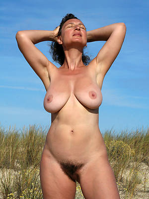 slutty mature hairy twats nude photos