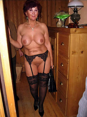 hotties older mature in stockings porn pictures