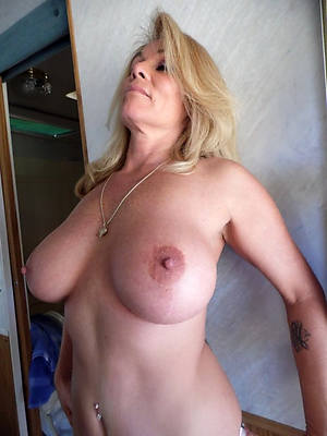older women big comely breasts dirty sex pics