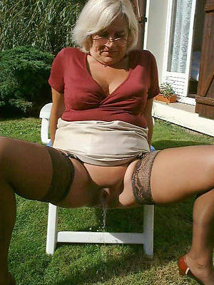 mature grandma pussy naked porn pics