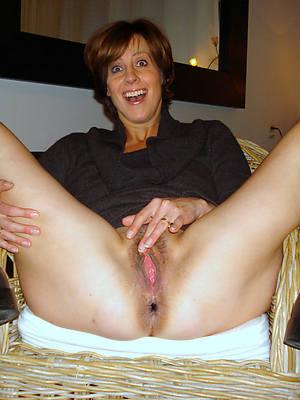 mature hot babes stripped