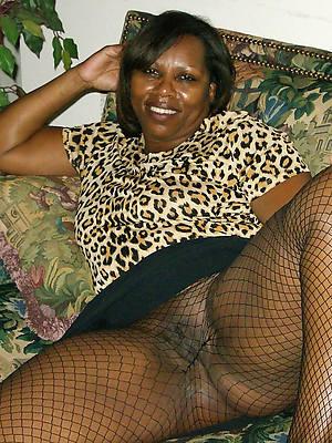 porn pics of mature ebony granny
