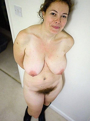 porn pics of hot full-grown milf