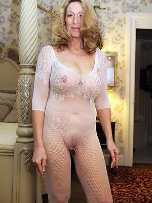 hot mature sluts stripped pictures