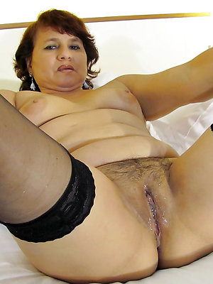 free pics of grown up latina nude