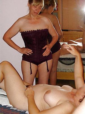 asinine mature lesbian pussy gallery
