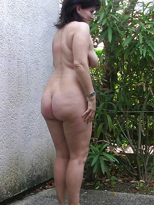 big booty mature perfect body